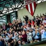 Rozbudowa stadionu Polonii Bydgoszcz uzależniona od głosów kibiców